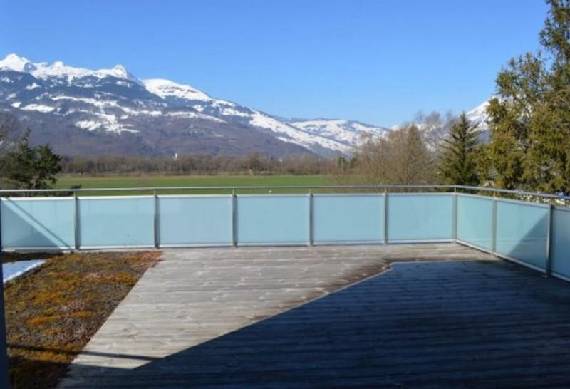Terrasse 3 Sicht nach aussen